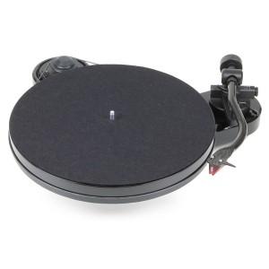 Виниловый проигрыватель Pro-Ject RPM 1 Carbon (2M-Red) - Piano Black