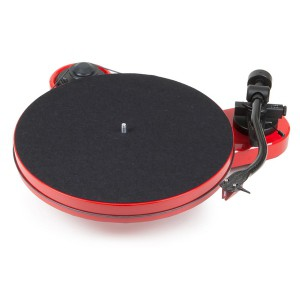 Виниловый проигрыватель Pro-Ject RPM 1 Carbon (2M-Red) - Red
