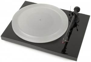 Виниловый проигрыватель Pro-Ject Debut Carbon DC Esprit (2M-Red) -  Piano Black