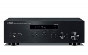 Сетевой HiFi-ресивер Yamaha R-N303 Black