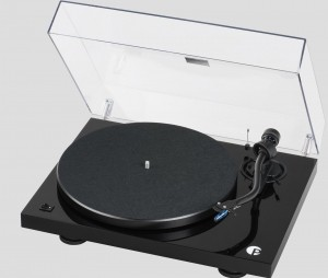 Виниловый проигрыватель Pro-Ject DEBUT III S Audiophile Black Pick it 25A